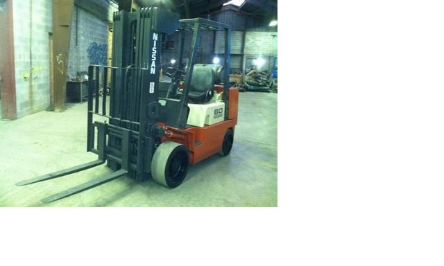 Nissan C60 Propane Forklift 6000lb Cushion Tires 2003