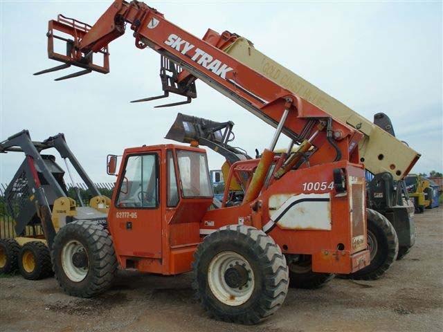 Skytrak 10054 10,000lb Telescopic Forklift 2000