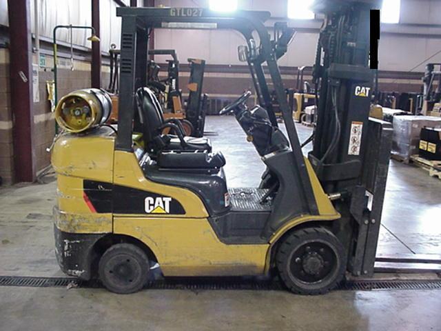 Caterpillar C6500 Propane Forklift 2009 Triple Mast
