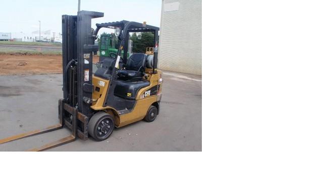 Caterpillar C5000 Propane Forklift 2007 5000lbs