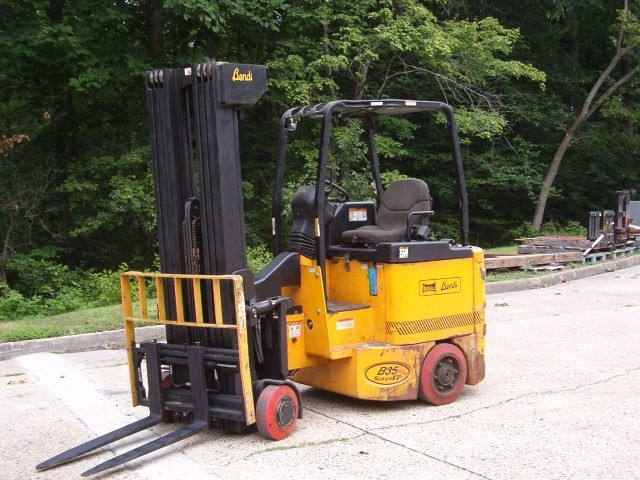 Bendi B35/48-180D Electric Very Narrow Aisle Forklift 2004 Quad Mast