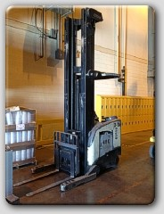 Crown RD5020-30 Double Reach Forklift 1998 341″ Triple Mast