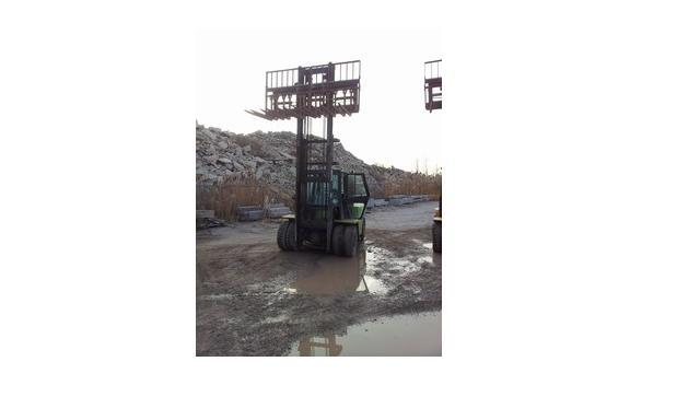 Clark C500Y135D Diesel Pneumatic Forklift 1996 13,500lbs