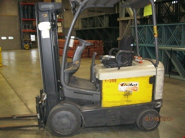 Crown FC4020-50TT 5000lb 4 Wheel Electric Forklift 2006