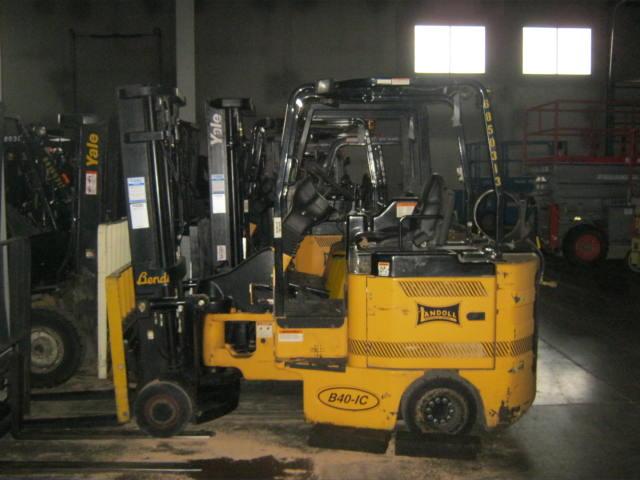 Bendi B40/48IC 180D Very Narrow Aisle Articulating 4000lb Forklift 2007