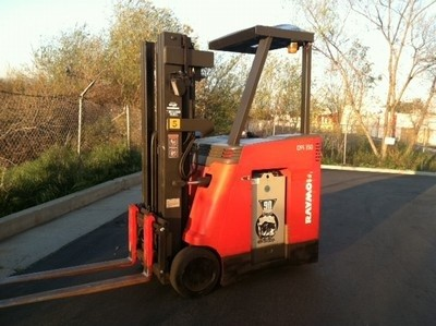 Raymond DSS350 Counter Balance Stand Up Rider Electric Forklift 2001