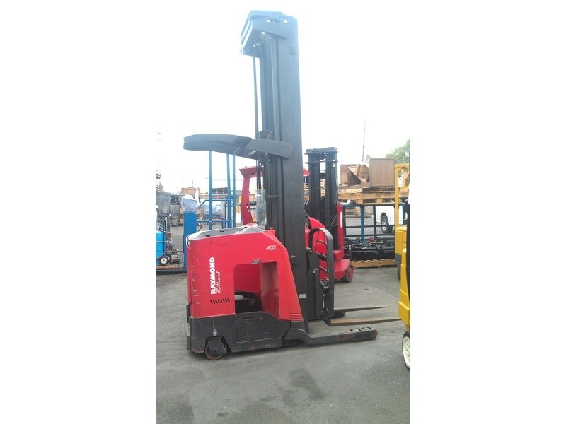 Raymond 740DR32TT Electric Double Reach Forklift 2004