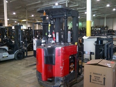 Raymond Easi DR25TT Double Reach Electric Forklift 2004