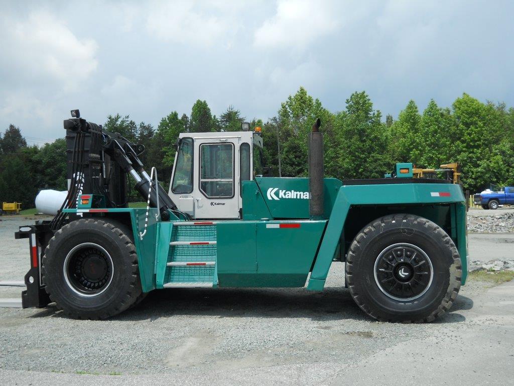 Kalmar DC28-1200 Diesel 62,000lb Pneumatic Forklift 1990