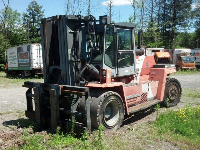 Kalmar DCD160-9 Diesel 18 Ton Pneumatc Tire Forklift 2001