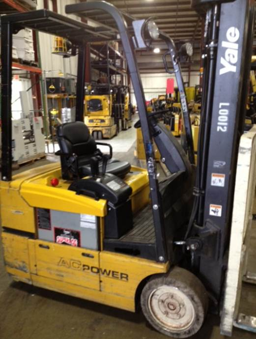 Yale ERP030 3-Wheel Electric Sit Down Rider Forklift 2007