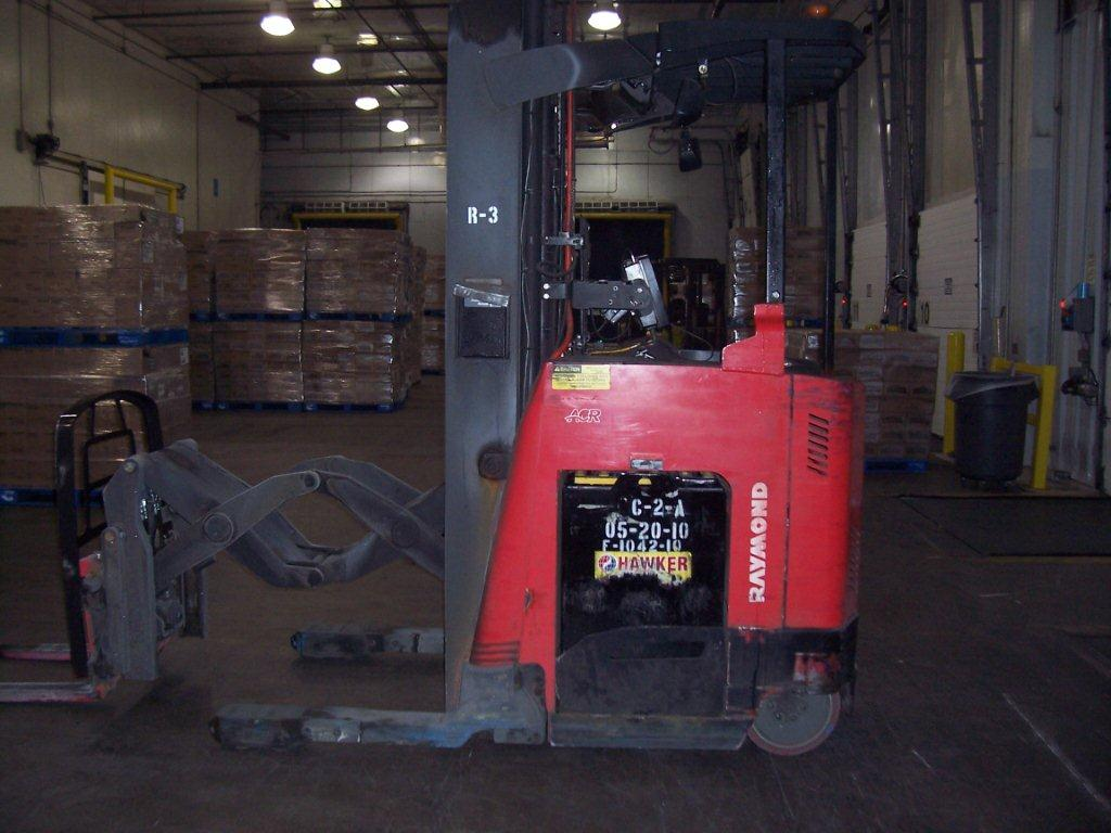 Raymond 740DR32TT Electric Rider Double Reach Forklift 2009