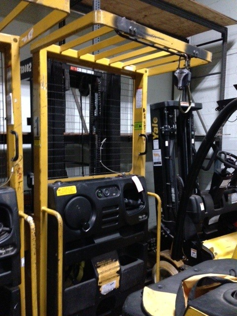 Yale OS030 Electric Order Picker 3000 Pound Forklift 2003