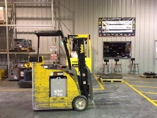 Yale ESC035ACN24 Stand Up Rider Counter Balance Electric Forklift 2010
