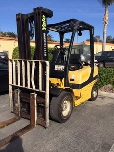 Yale GLP060 Propane Pneumatic 6000lb Forklift 2006