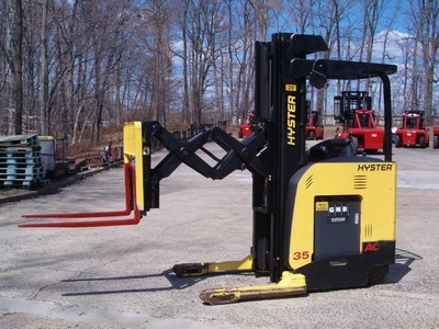Hyster N35ZDR 3500lb Electric Stand Up Rider Double Reach Forklift 2009