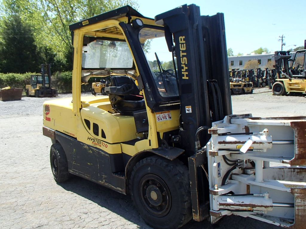 Hyster H120FT 6 Ton Pneumatic Tire Diesel Forklift 2010