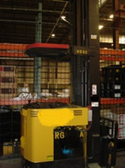 Caterpillar Forklifts NRDR30P 3000lb Electric Rider Double Reach Forklift 2002