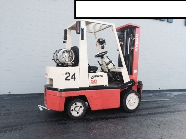 Nissan Forklifts KCPH02A25V 5000lb Cushion Tire Propane Forklift 1996