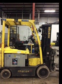 Hyster Forklifts E65XM 6500lb Sit Down Rider 4 Wheel Electric Forklift 2009