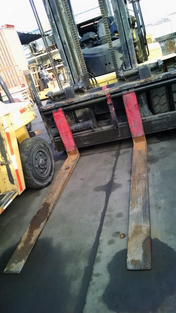 Hyster Forklifts H190HD 19000lb Diesel Penumatic Tire Forklift 2003