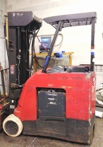 Raymond Forklifts 4150-C30 3000lb Electric Stand Up Rider Counter Balance Forklift 2011