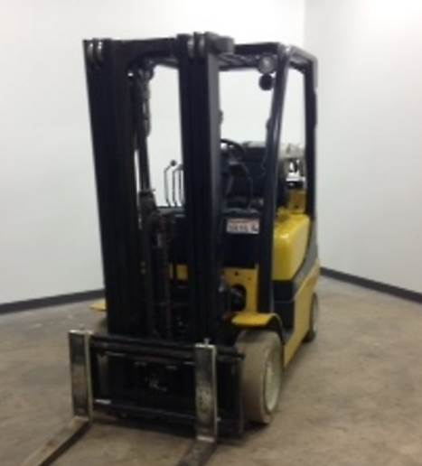 Yale Forklifts GLC050 Propane Cushion Tire 5000lb Forklift 2011