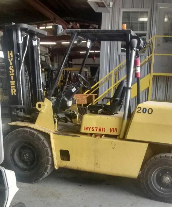 Hyster Forklifts H100XM 5 Ton Pneumatic Tire 10,000lb Diesel Forklift 1998