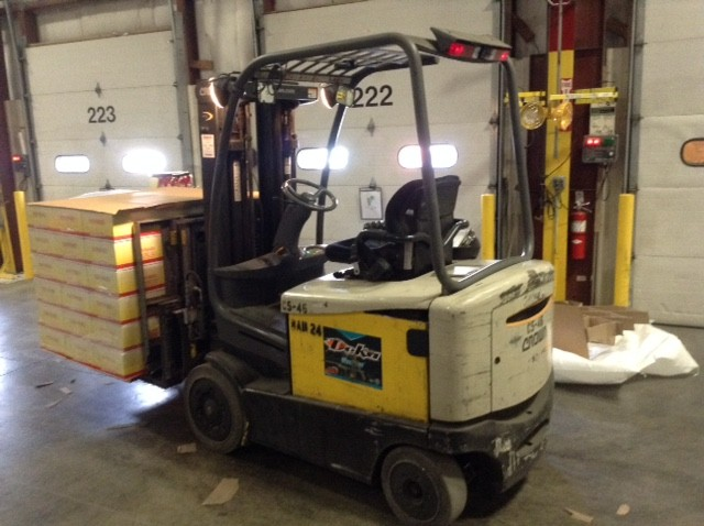 Crown Forklifts FC4520-50 Sit Down Rider 5000lb Electric Forklift 2007