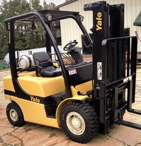 Yale Forklifts GLP050 Pneumatic Tire 5000lb Propane Forklift 2011