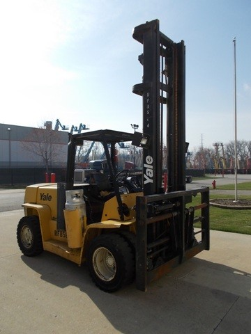 Yale Forklifts GLP155CANGBV147 7.5 Ton 15,500lb Pneumatic Tire Propane Forklift 2006