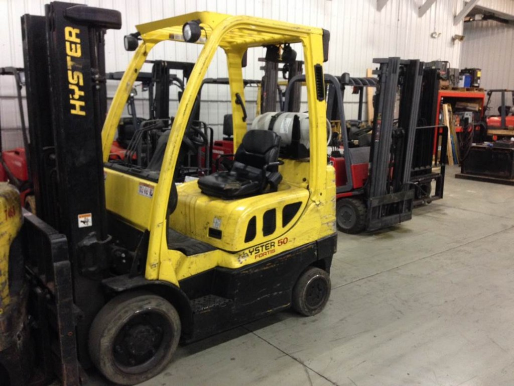 Hyster Forklifts S50FT 5000lb Cushion Tire Propane Forklift 2012