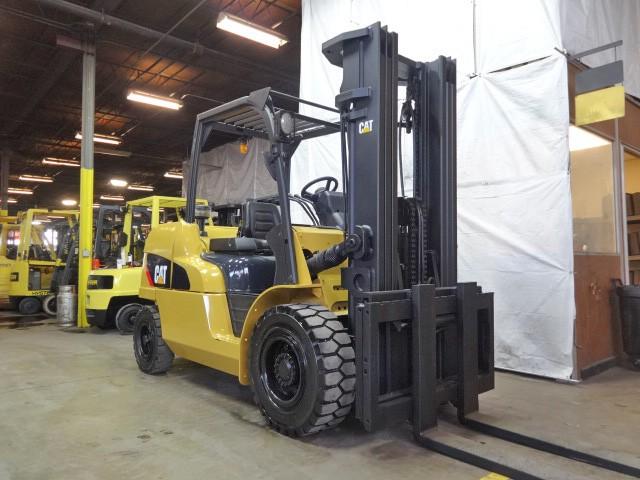 Caterpillar Forklifts PD11000 5.5 Ton 11,000lb Pneumatic Tire Diesel Forklift 2011