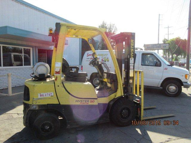 Hyster Forklifts H50FT Propane Fuel Pneumatic Tire Forklift 2011