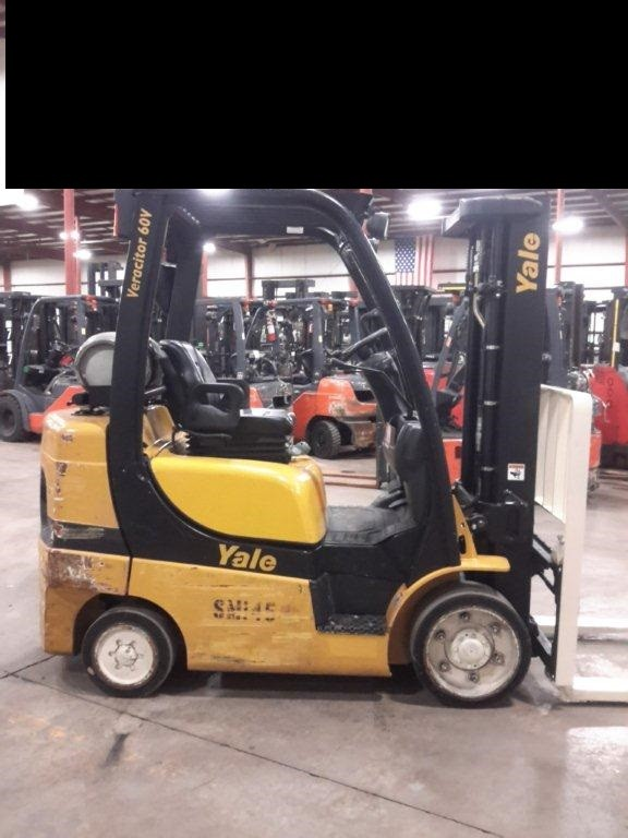 Yale Forklifts GLC060 3 Ton 6000lb Sit Down Rider Solid/Cushion Tires Propane Forklift 2012