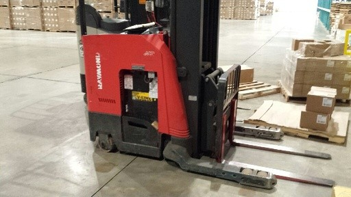 Raymond Forklifts 740DR32TT Stand Up Rider Electric 3200lb Double Reach Forklift 2011