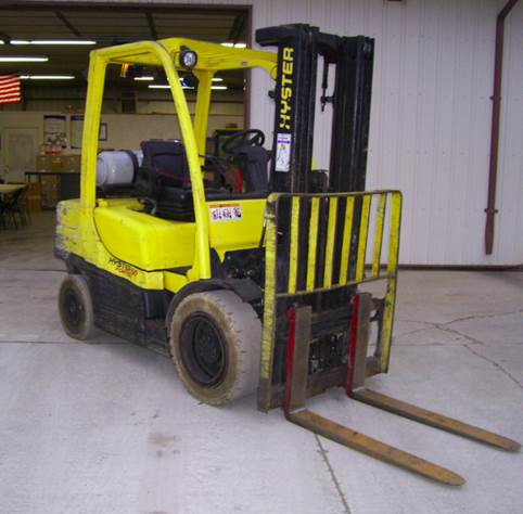 Hyster Forklifts H60FT 6000lb Pneumatic Tire Propane Forklift 2011