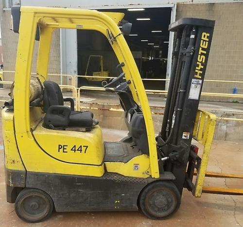 Hyster Forklifts S30FT Solid Cushion Tire 3000lb Propane Forklift 2010