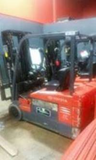 Toyota Forklifts 7FBEU20 3-Wheel Electric 4000lb Sit Down Rider Forklift 2007