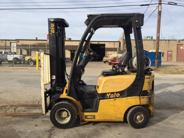 Yale Forklifts GLP030 Pneumatic Tire 3000lb Propane Forklift 2013