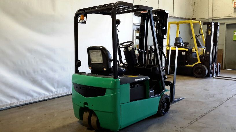 Mitsubishi Forklifts FB16NT 3-Wheel 3500lb Electric Sit Down Rider Forklift 2011