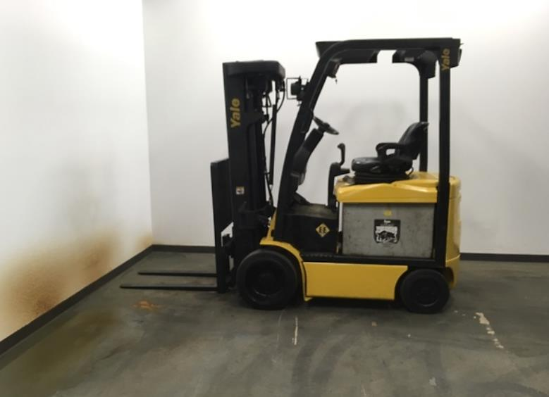Yale Forklifts ERC045VG EE Rated 4500lb Sit Down Rider Electric Forklift 2011