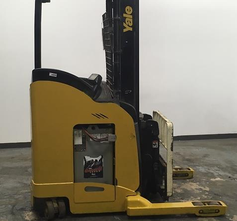 Yale Forklifts NDR030EA Electric Stand Up Rider 3000lb Double Reach Forklift 2010
