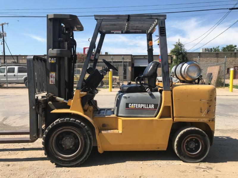 Caterpillar Forklifts GP35K 7000lb Pneumatic Tire Propane Forklift 2005
