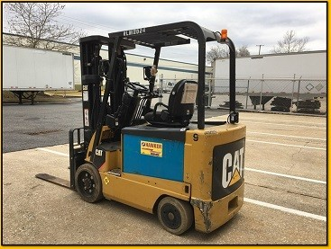 Caterpillar Forklifts E6500 EE Rated 6500lb Sit Down Rider Electric 4 Wheel Forklift 2012
