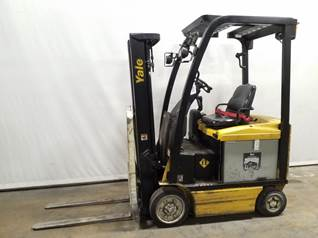 Yale Forklifts ERC030VA EE Rated 3000lb Sit Down Rider 4 Wheel Electric Forklift 2012