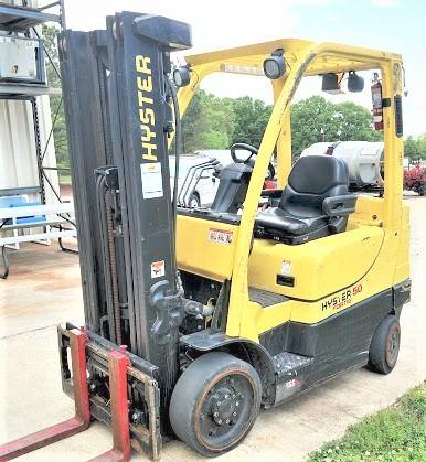Hyster Forklifts S50FT Cushion Solid Tire 5000lb Propane Forklift 2015