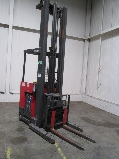 Raymond Forklifts EasiDR30TT Electric Stand Up Rider 3000lb Double Reach Forklift 2006