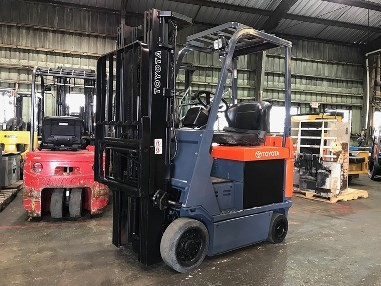 Toyota Forklifts 7FBCU15 Electric 4 Wheel 3000lb Sit Down Rider Forklift 2014