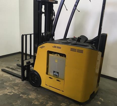 Yale Forklifts ESC030AC Narrow Aisle Stand Up Rider 3000lb Counter Balance Forklift 2012